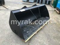 "NEW ""MANITOU"" 90″ wide telehandler bucket"
