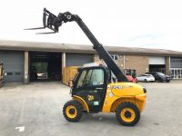 Year 2015 JCB 520-40 COMPACT (ONLY 1365 hours)