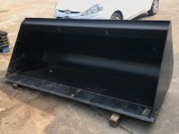 UNUSED STRICKLAND 84″ MANITOU BUCKETS