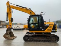YEAR 2013 JCB JS130LC (5874 hours)