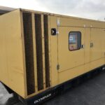 YEAR:2011 220KVA CATERPILLAR SILENT DIESEL GENERATOR WITH PERKINS ENGINE 1669 HOURS