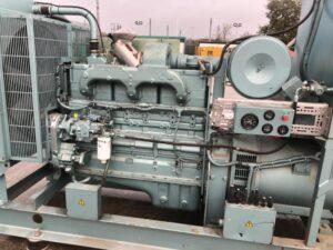 340KVA CUMMINS SKID MOUNTED OPEN SET GENERATOR WITH CUMMINS ENGINE
