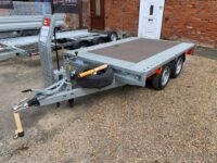 NEW BRIAN JAMES Twin Axle Cargo Connect Compact Flat Trailer (2600 kgs)